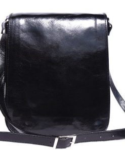 messenger cross body bag Leonardo in genuine leather colour black photo from italy for men