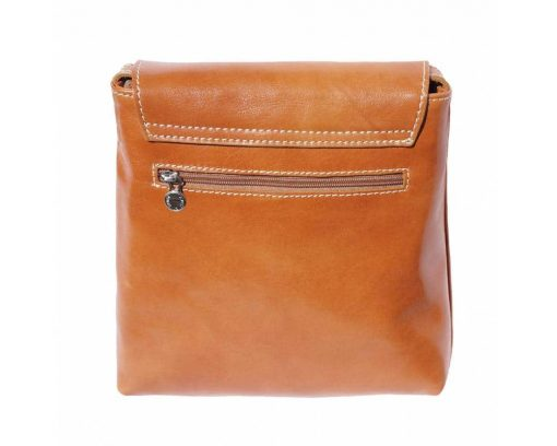 tan messenger in leather Ecaterina woman